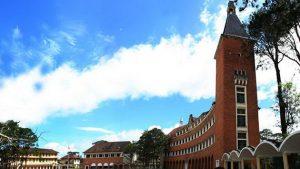 Kiến trúc đẹp của trường Cao đẳng Sư phạm Đà Lạt